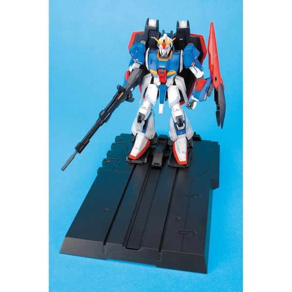 Bandai 1/100 MG MSZ-006 Zeta Gundam Ver 2.0 on display base