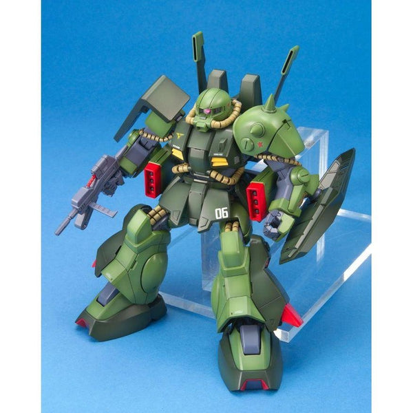 Bandai 1/100 MG RMS-106 Hi-Zack seated