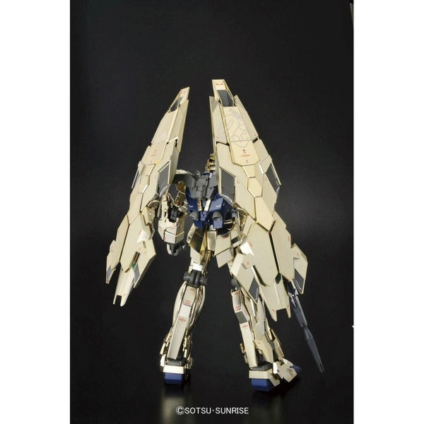 Bandai 1/100 MG RX-0 Unicorn Gundam 03 Phenex rear view armour closed
