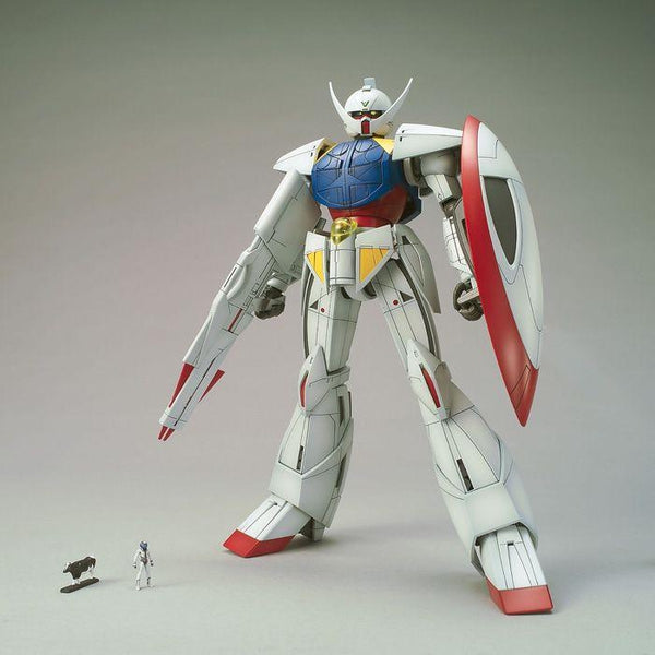 Bandai 1/100 MG WD-M01 Turn A Gundam front on pose