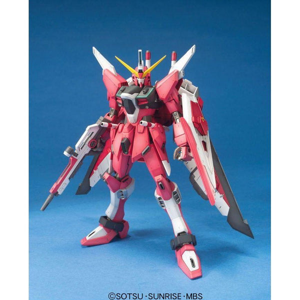 Bandai 1/100 MG ZGMF-19A Infinite Justice Gundam front on view