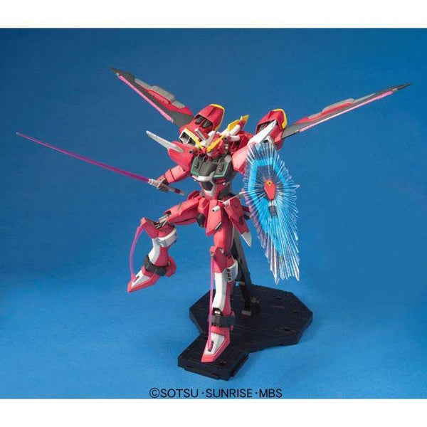 Bandai 1/100 MG ZGMF-19A Infinite Justice Gundam with weapons and shield