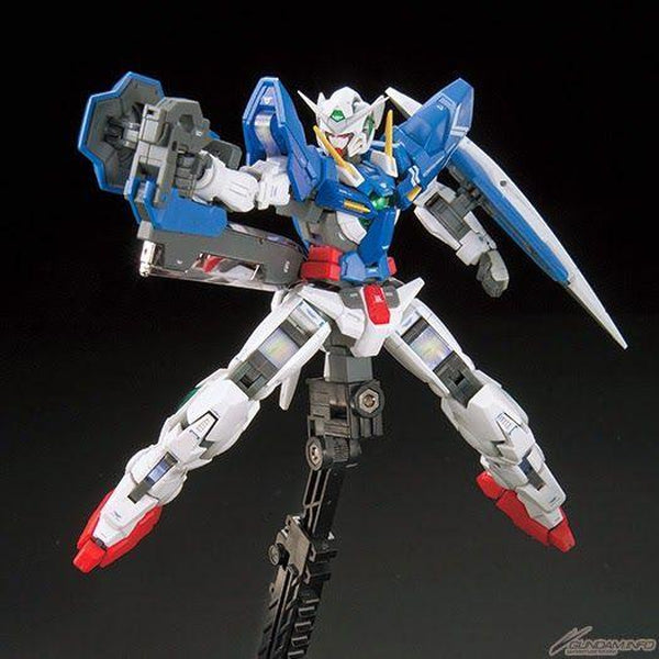 Bandai 1/144 RG GN-001 Gundam Exia  action pose with weapons