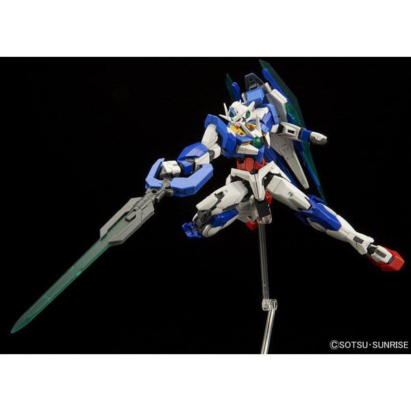 Bandai 1/144 RG 00 Qan[T] Celestial Being Mobile suit GNT-0000 action pose