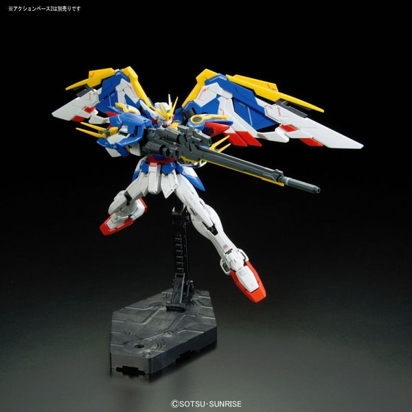 Bandai 1/144 RG XXXG-01W Wing Gundam EW action pose flight