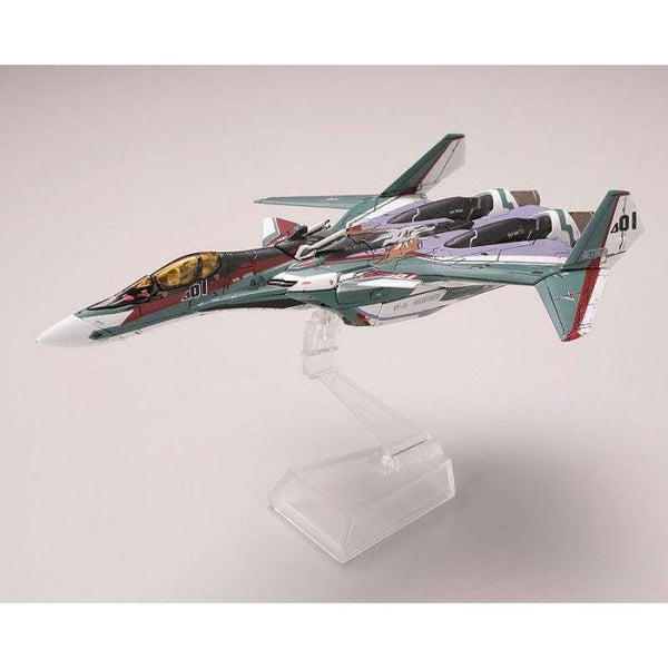 TomyTec 1/144 VF-31S Siefried Fighter Mode. side on view
