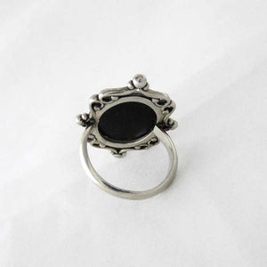 Classic Cameo Ring - TheExCB
