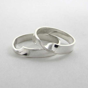 Mobius Strip Ring - TheExCB