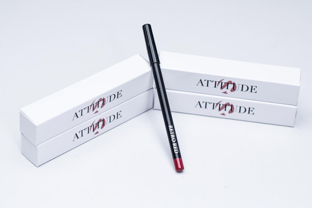 LIP LINER--RETRO RED