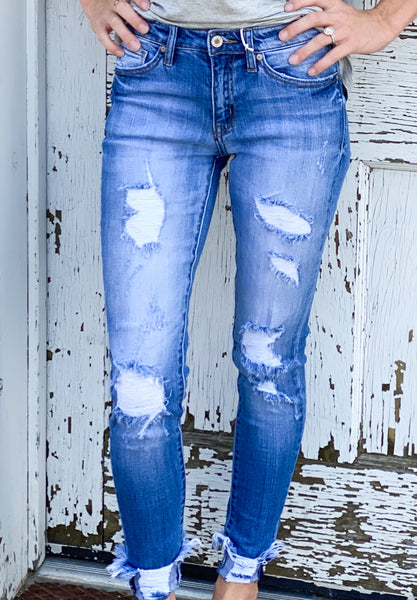 Lisa Kan Can Distressed Skinny Jean