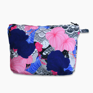 Pouch With Recharging Blue