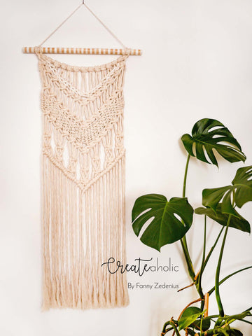 Macramé wallhanging, no. 1 of