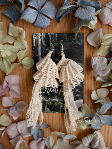 Macramé earrings,