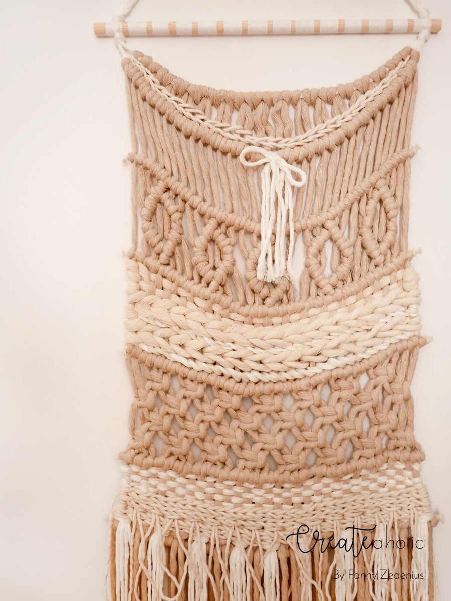 Macramé wallhanging, no. 2 of