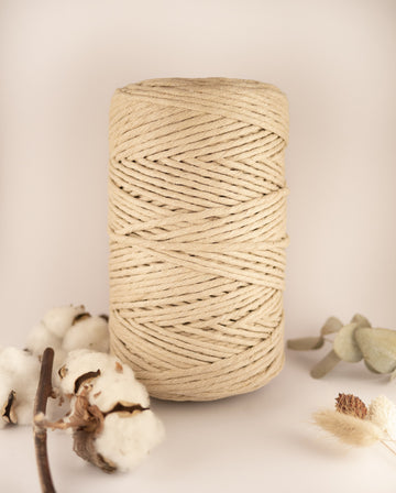 Nougat Beige cotton string, 1 kg