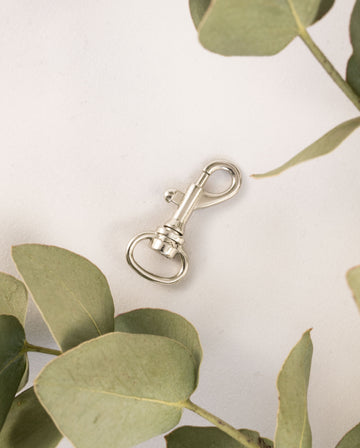 Small clasps, silver