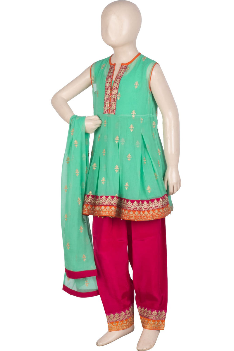 KDD-01043 Embroidered 3PC Suit