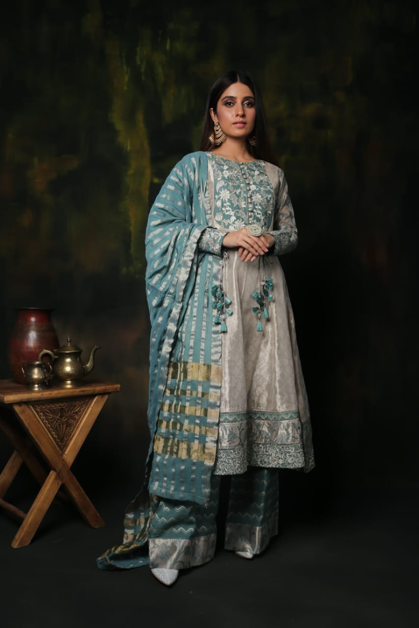 LDD-01309 | Metallic Beige & Grey | Formal 3 Piece Suit | Banarsi Jacquard (Metallic Zari)
