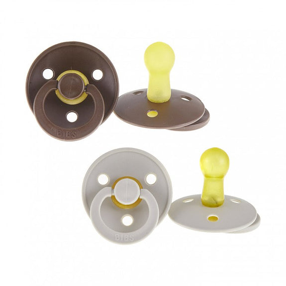 Speen t1 set Chocolate & Sand Bibs