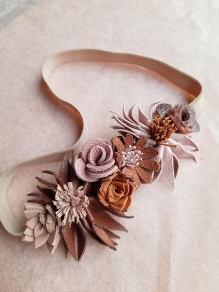 Wild flower headband brown Atelier Ovive