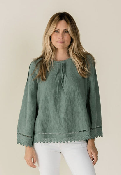 Kalo blouse rainforest Rylee & Cru