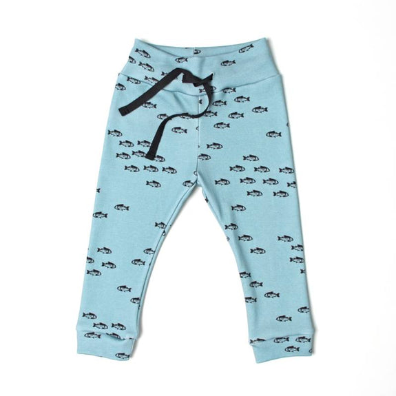 Travelling fish legging Adam en de Kleine Wolf