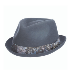 Angle view of Carlos Santana Accord hat in Mist