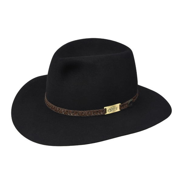Angle view of Akubra Avalon hat in Black