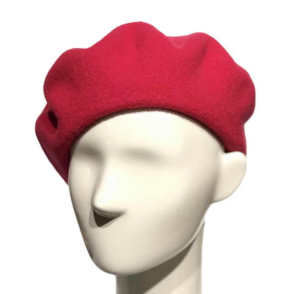 Le Beret Francais in Fuchsia on a Brisbane Hatters mannequin head