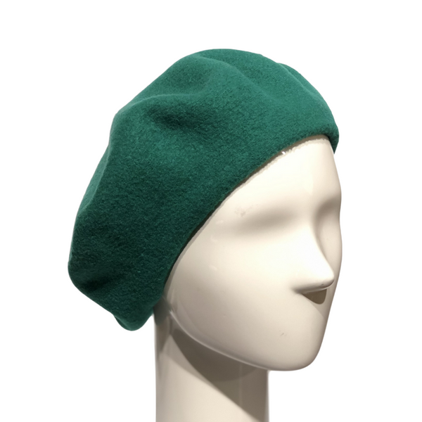 Le Beret Francais in Green on a Brisbane Hatters mannequin head