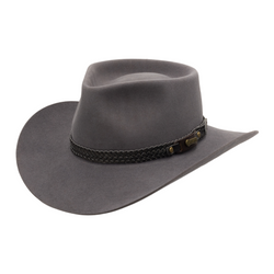 Angle view of Akubra Snowy River Country style hat in Glen Grey