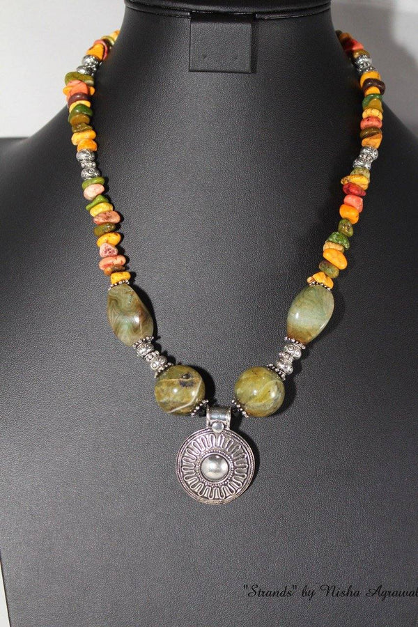 Smooth Serpentine necklace - rainbow colors
