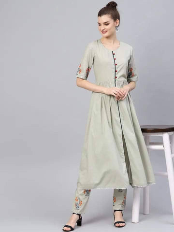 Delightful Light Green Colored Cotton Palazzo Suit