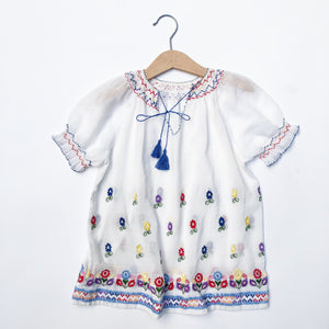 Beautiful  Embroidered Peasant blouse size 4-6yrs