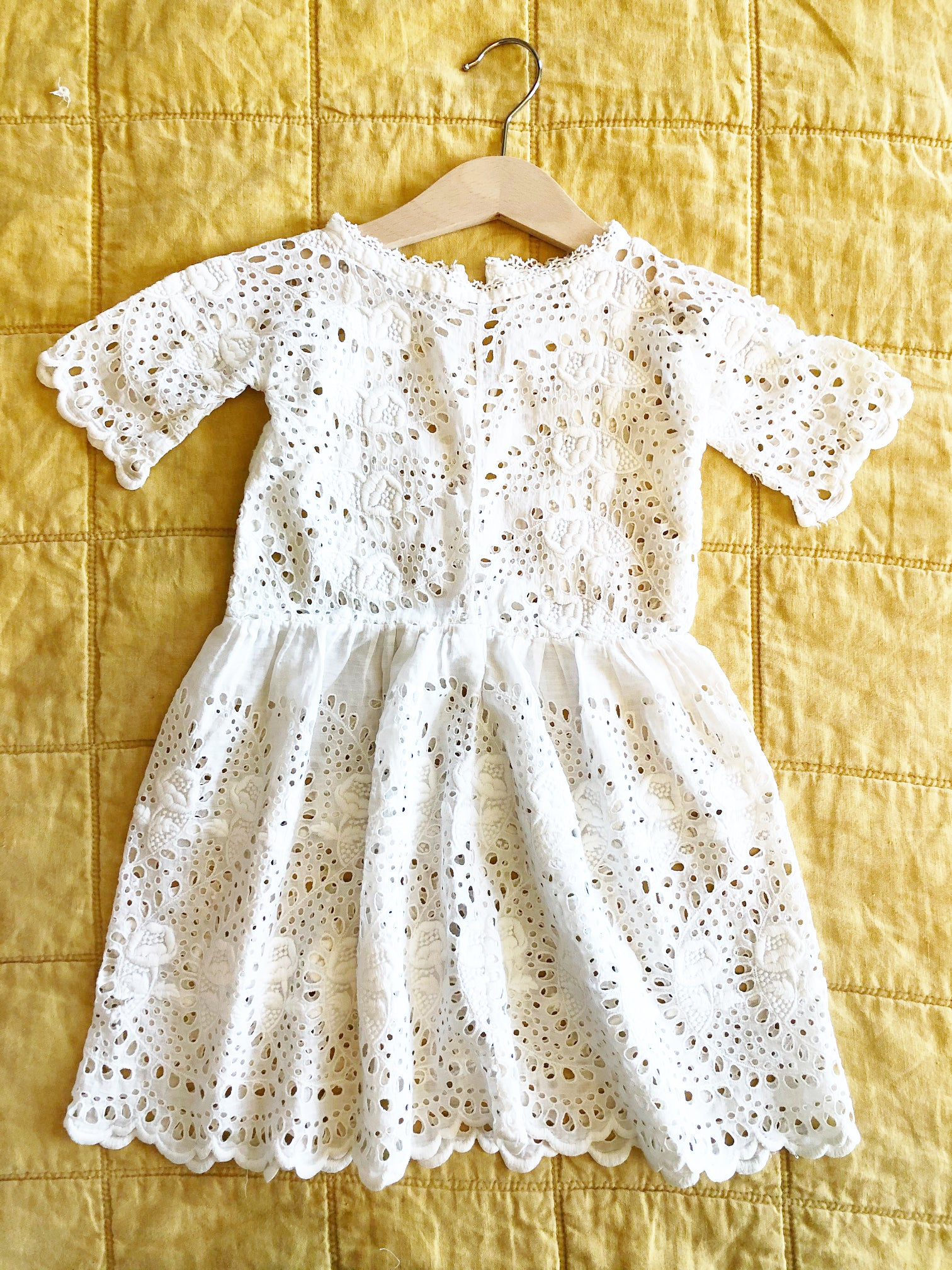 Stunning Victorian Dress with Rose Cutwork Details size 12-18 months