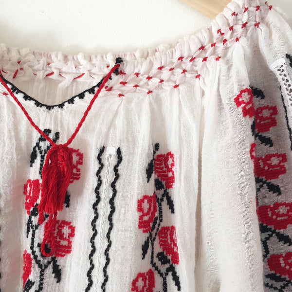 Hungarian embroidered peasant dress size 3-4