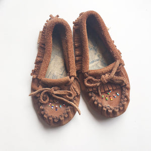 Beaded mocassin childrens size 7