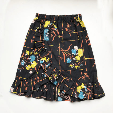 Sara Re-purposed Ruffle Skirt 40's print size 4