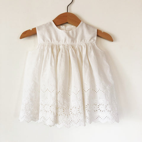 Broderie Anglais Baby Dress size 6-12 months.