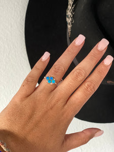 Silver Strand Blue Opal Ring || Size 6.5