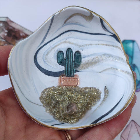 Marbled Cactus Trinket Dish with Quartz