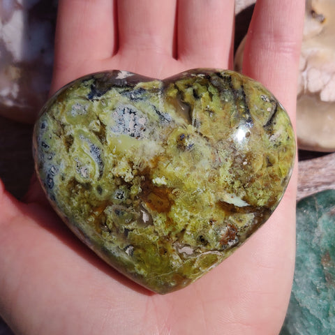 Matrix Green Opal Heart (#3)