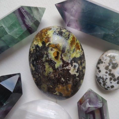 Matrix Green Opal Palm Stone (#1)