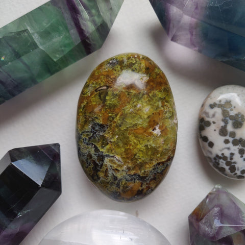 Matrix Green Opal Palm Stone (#3)