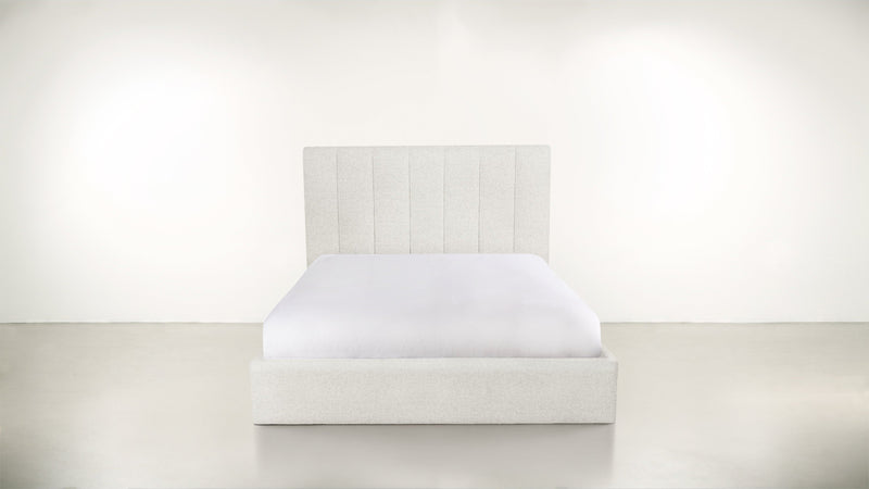 The Maximalist Queen Bed Queen Bed Boucle Knit Snow Whom. Home