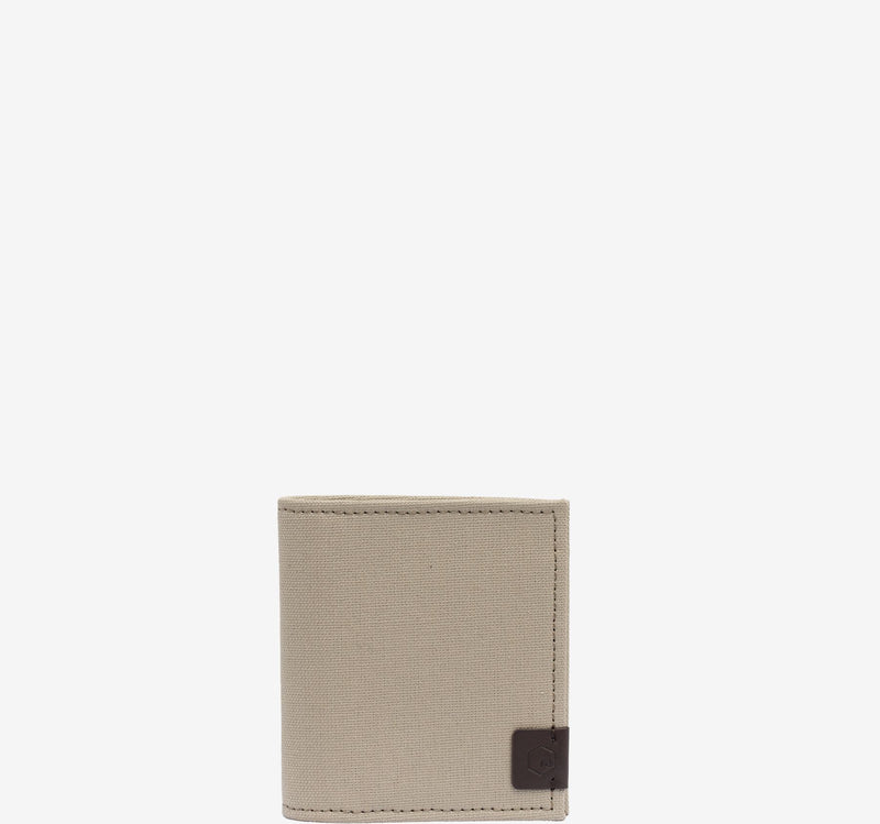 ro Urbanite Wallet | Urban Leather Bags & Accessories | robags.com