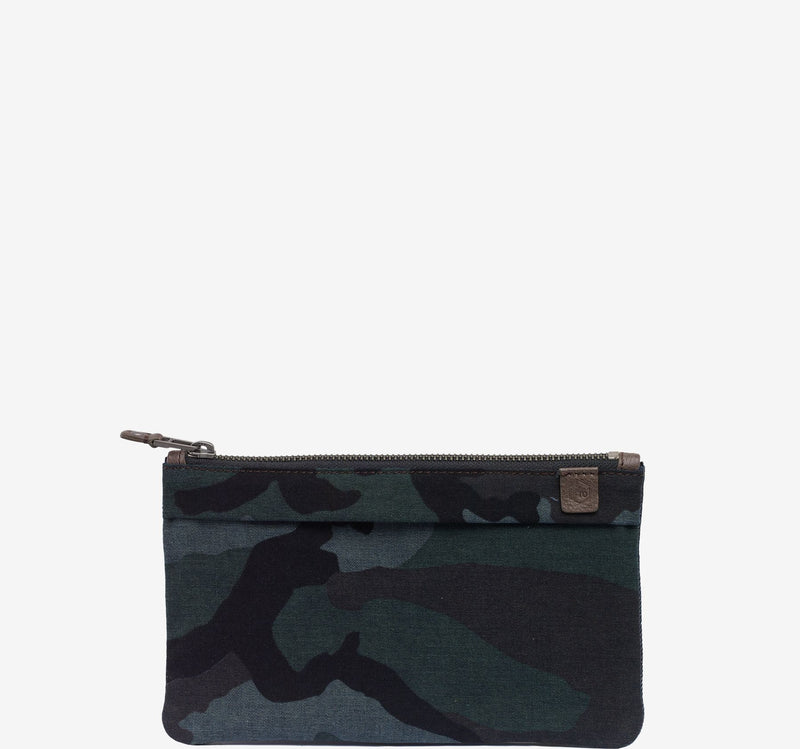 ro SAVANNA Zip Flat Pouch | Urban Leather Goods & Accessories | robags.com