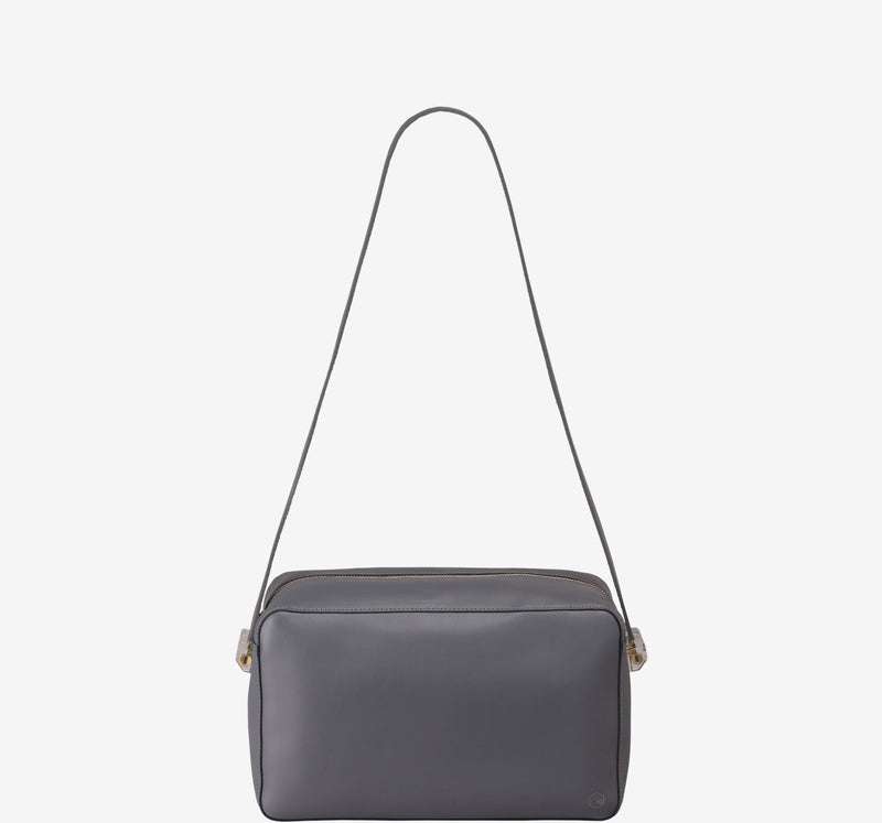 ro Large Cube | Urban Leather Bags & Accessories | robags.com