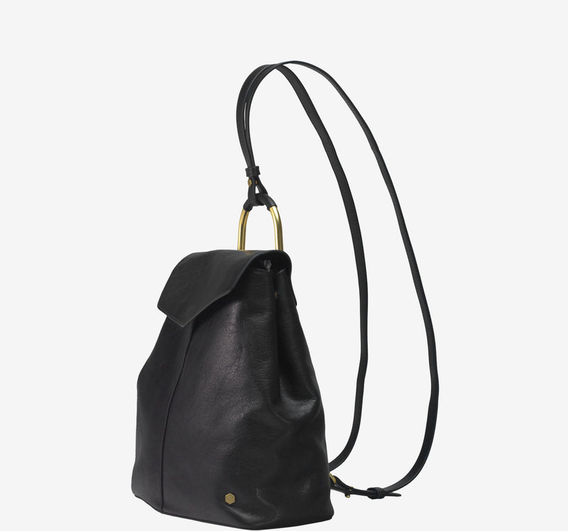ro Brigantine Backpack | Urban Leather Bags & Accessories | robags.com