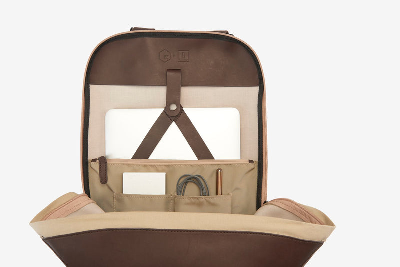 ro Urbanite Backpack (last season) | Urban Leather Bags & Accessories | robags.com